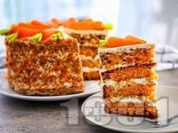 Торта с блатове с моркови и крем от яйца, сирене маскарпоне и орехи - снимка на рецептата